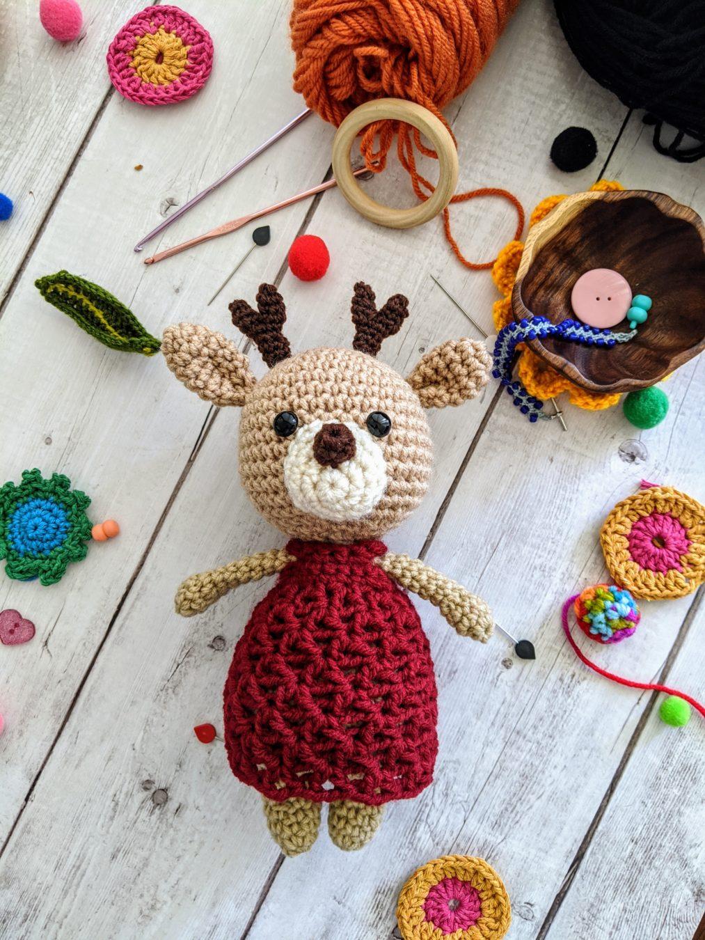 Amigurumi Deer Free Pattern (With images) | Crochet deer, Scarf ... | 1350x1013