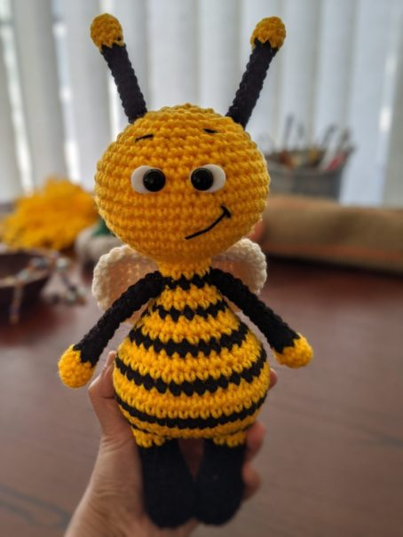 Amigurumi bee free crochet pattern | Asmi Handmade | 605x454